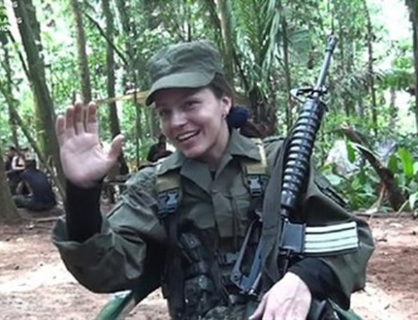 DECEPCIONADA, LA HOLANDESA TANIA TAMBIÉN SE RETIRA DE LAS FARC