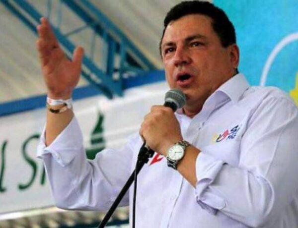 CONSEJO DE ESTADO MANTIENE INVESTIDURA DE SENADOR SANTANDEREANO